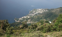 Walking the Amalfi C...